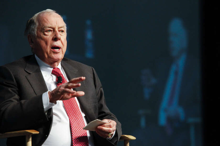 T. Boone Pickens speaks at the 2014 LNG Conference Jan. 22, 2014, in Houston. (Eric Kayne/For the Chronicle)