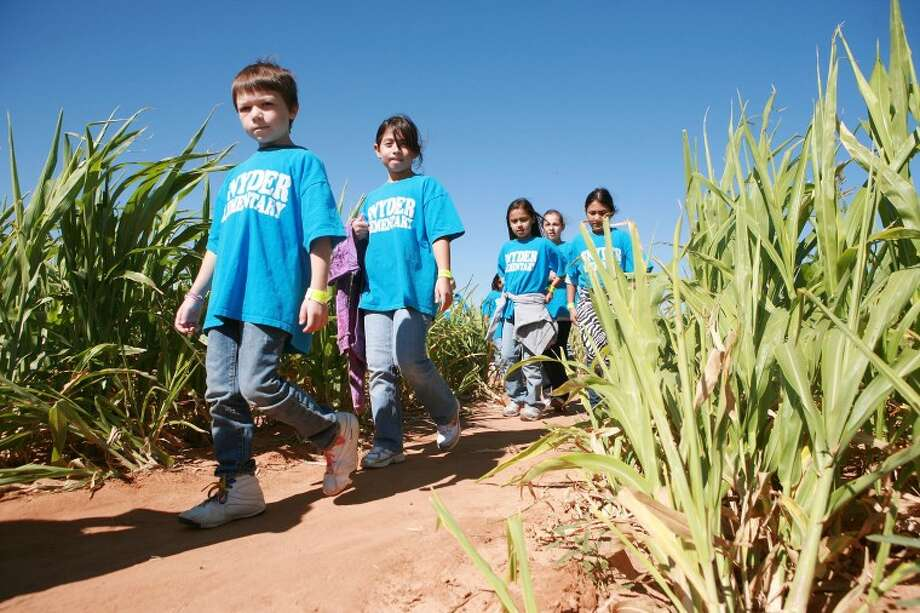 Children are pictured at Fiddlesticks Farms, which opens for business Saturday through November. Photo: MRT File Photo