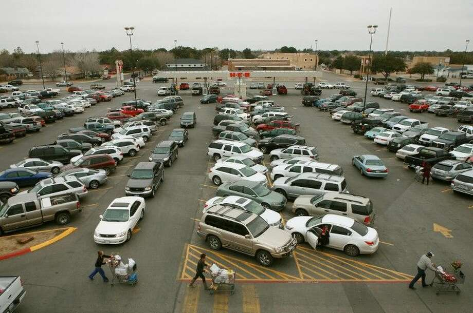 The H-E-B at Wadley Avenue and Midkiff Road is pictured. Photo: MRT File Photo