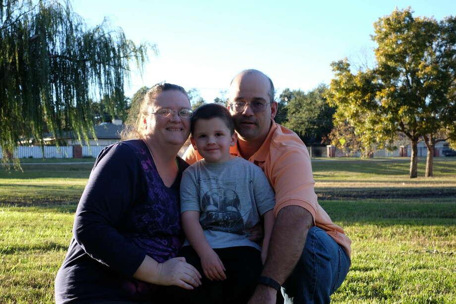 Tina Sawyers, husband Bill and son William, 4