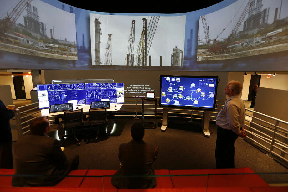 Inside the Honeywell's control center demo site, Experion Orion Console, Tuesday, Nov. 24, 2015, in Houston. Visitors can see the future of technologies at refineries, petrochemical plants and large industrial facilities. ( Steve Gonzales / Houston Chronicle ) Photo: Steve Gonzales