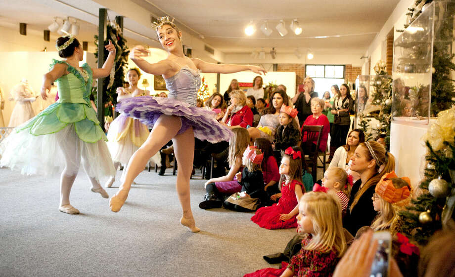 Members of Midland Festival Ballet put on a Nutcracker ballet demonstration to participants at the Christmas at the Mansion open house event at the Museum of the Southwest on Saturday. The open house event also featured a mother-daughter brunch. James Durbin/Reporter-Telegram Photo: JAMES DURBIN