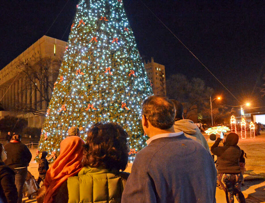 Christmas tree lighting at Centennial Plaza on Saturday. James Durbin/Reporter-Telegram Photo: James Durbin