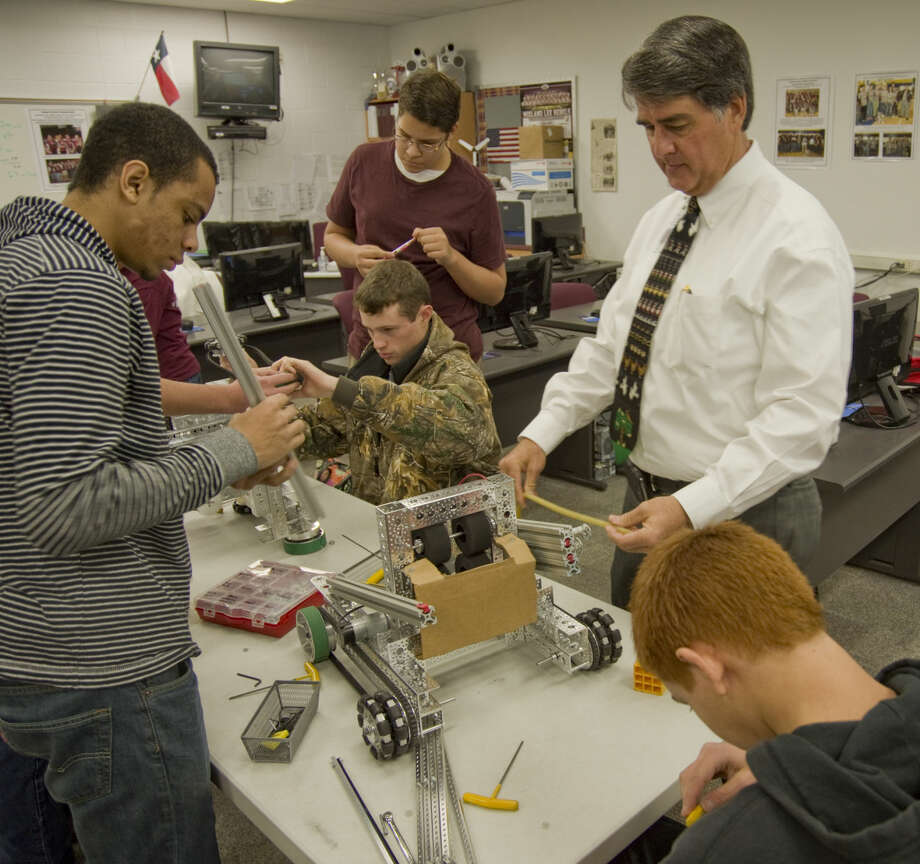 "Alan Pitkin, Lee High School STEM teacher and career technical education department chairman.""One of the lessons I would like to develop is students' understanding, build their self-confidence and help them apply the different subject knowledge areas to everyday life. They are in control of their lives, and only they can change their world. Using all the power they carry in their cellphone gives them access to all kinds of knowledge at their fingertips. But the decisions they make every day have consequences and it is up to them as an individual to make everyone proud."" Photo: Tim Fischer"
