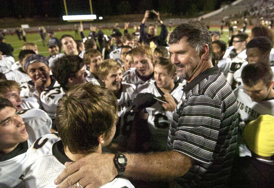 Big Spring head football coach Phillip Richey talks to his team after a win against Andrews in the Class 4A Division I area playoff game Friday at Ratliff Stadium in Odessa. Big Spring beat Andrews 48-34. James Durbin/Reporter-Telegram Photo: James Durbin
