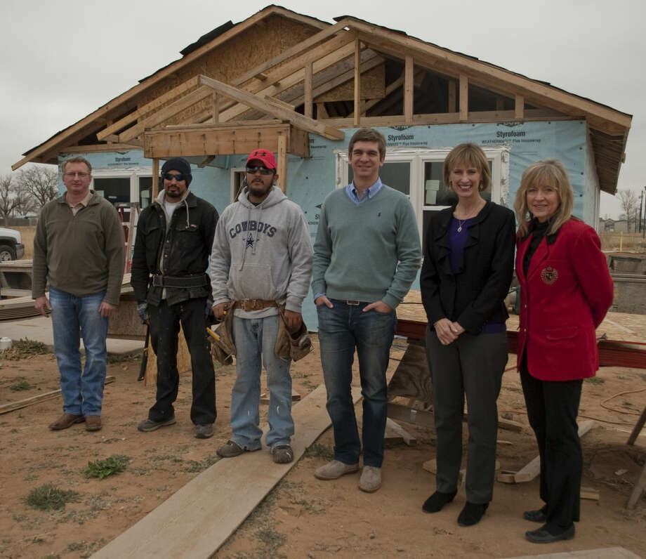 Shanon Smith, incoming president, Rico Ramirez, construction, Andy Gutierrez, construction manager, Nick Davis, treasurer, Sheila Payne, vice president and Alynda Best, Habitat for Humanity director. Tim Fischer\Reporter-Telegram Photo: Tim Fischer