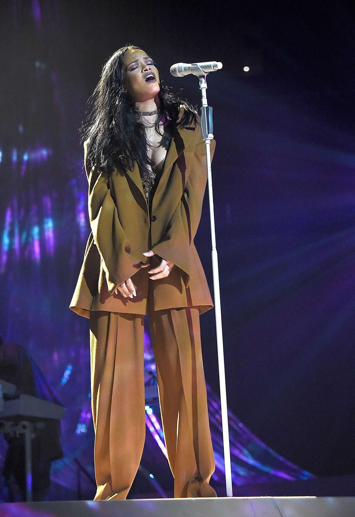 Rihanna performs as part of her Anti tour at Barclays Center on March 27, 2016.