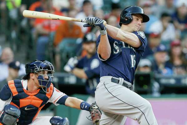 HOUSTON, TX - MAY 07:  Kyle Seager #15 of the Seattle Mariners singles in the  sixth inning against the Houston Astros on May 07, 2016 in Houston, Texas.