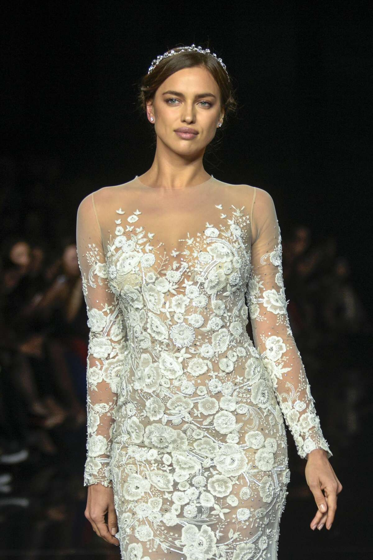 Irina Shayk walks the runway for the latest collection by Pronovias 2017 on April 29, 2016 in Barcelona, Spain. (Photo by Robert Marquardt/Getty Images)