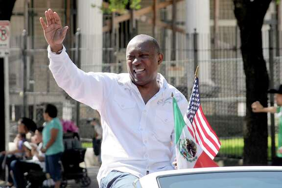 Mayor Sylvester Turner waves during the 21st Annual LULAC Cinco de Mayo Parade downtown Saturday  May 7,2016(Dave Rossman Photo)