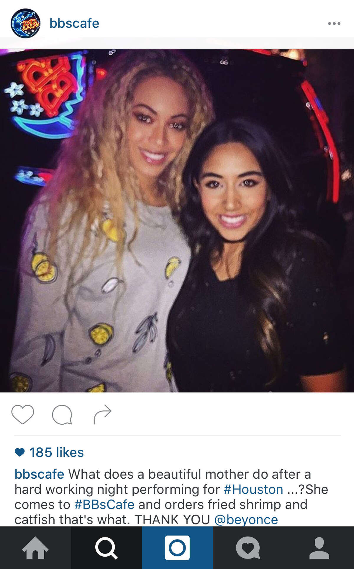 Beyoncé visited BB's Cafe in Montrose Saturday night.