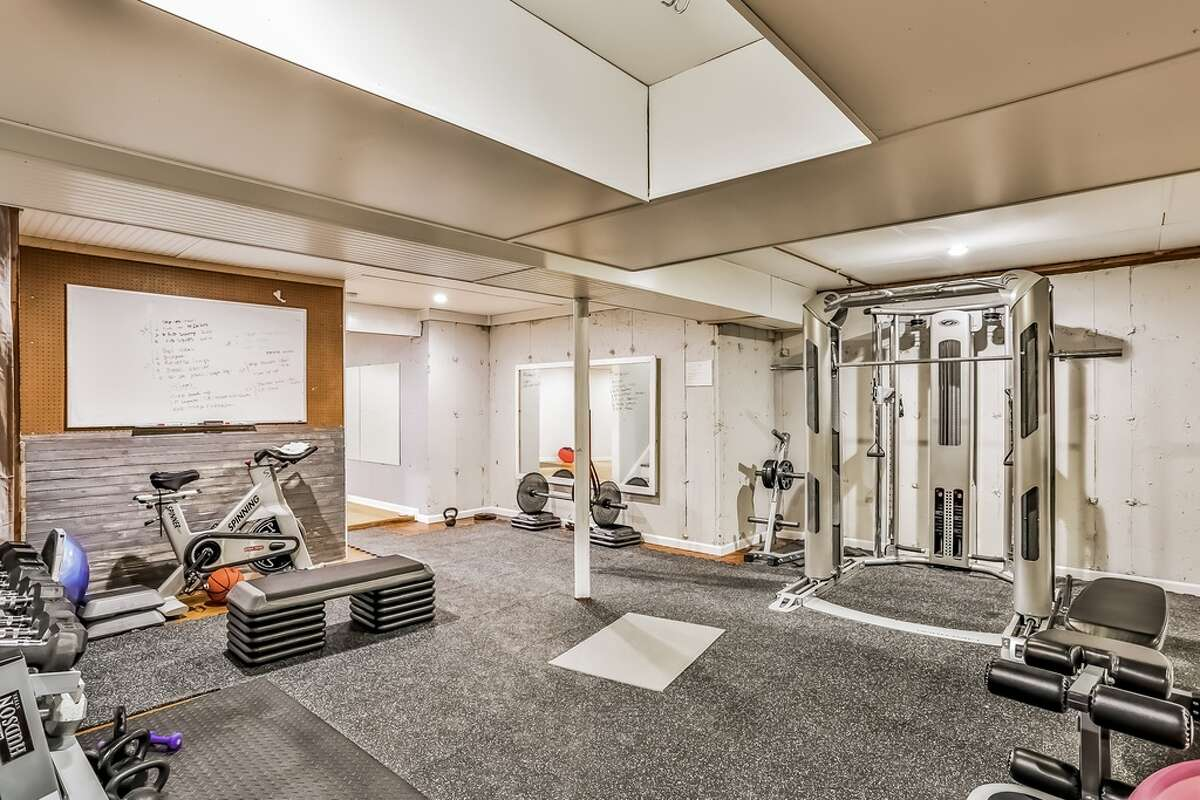 1687 Boston Post Rd, Darien, CT 06820 5 beds 4 baths 3,649 sqft Features: Fitness studio, professional gym, movie theater View full listing on Zillow