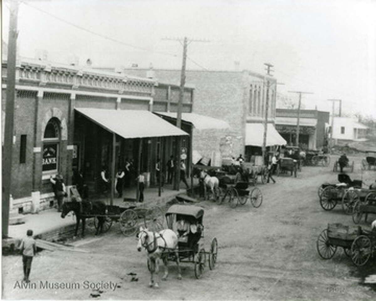 Sealy Street in 1907.