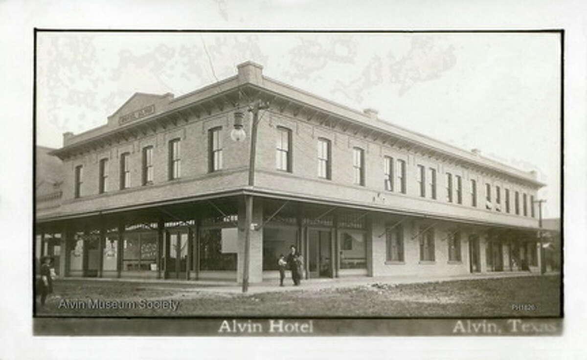 Hotel Alvin, circa 1911.
