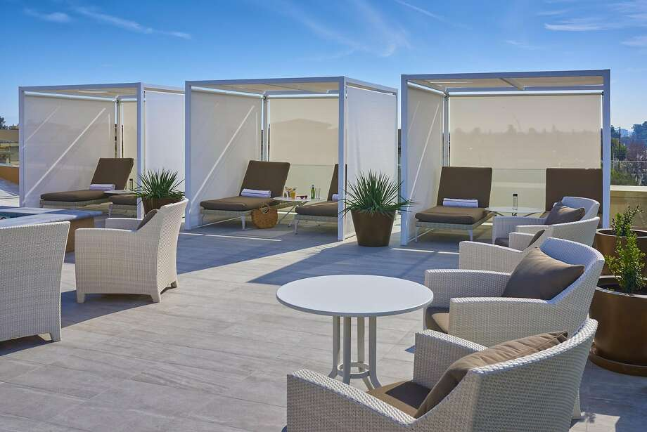 Cabanas around the rooftop pool at the Clement Palo Alto Photo: The Clement Palo Alto