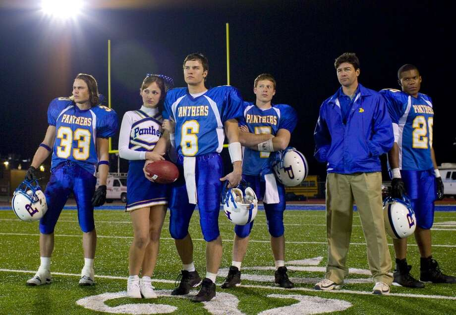 ''Friday Night Lights'' ended two years ago, but fans still mourn the loss of the popular TV show about high school football players in Texas.