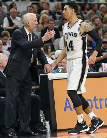 Greg Popovich gives some love to Danny Green after he comes out of the game  as the Spurs host the Thunder in game 1 of second round NBA playoff action at the AT&T Center on April 230, 2016. Photo: TOM REEL, STAFF / SAN ANTONIO EXPRESS-NEWS / 2016 SAN ANTONIO EXPRESS-NEWS