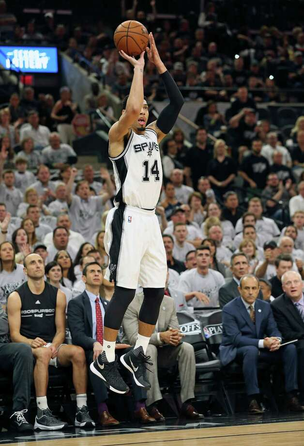 Danny Green gets everyone's attention as he launches a three pointer in the first half as the Spurs host the Thunder in game 1 of second round NBA playoff action at the AT&T Center on April 23, 2016. Photo: TOM REEL,  STAFF / SAN ANTONIO EXPRESS-NEWS / 2016 SAN ANTONIO EXPRESS-NEWS