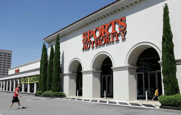 A store closing sign is shown at Sports Authority, 2131 Post Oak Boulevard, Thursday, May 5, 2016, in Houston.  ( Melissa Phillip / Houston Chronicle )