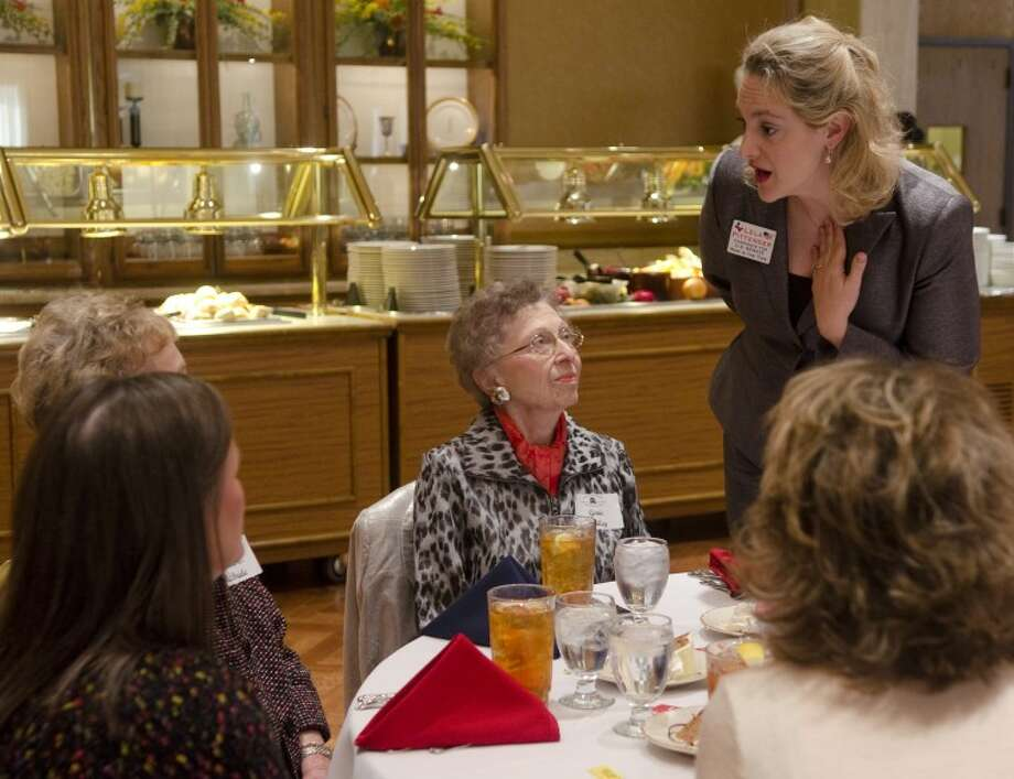 Senate candidate Lela Pittenger talks with Genie Bailey, Earline McBride, Linda McBride and Susan Gentry Wednesday afternoon at the Midland County Republican Women's luncheon. Photo by Tim Fischer/Midland Reporter-Telegram Photo: Tim Fischer