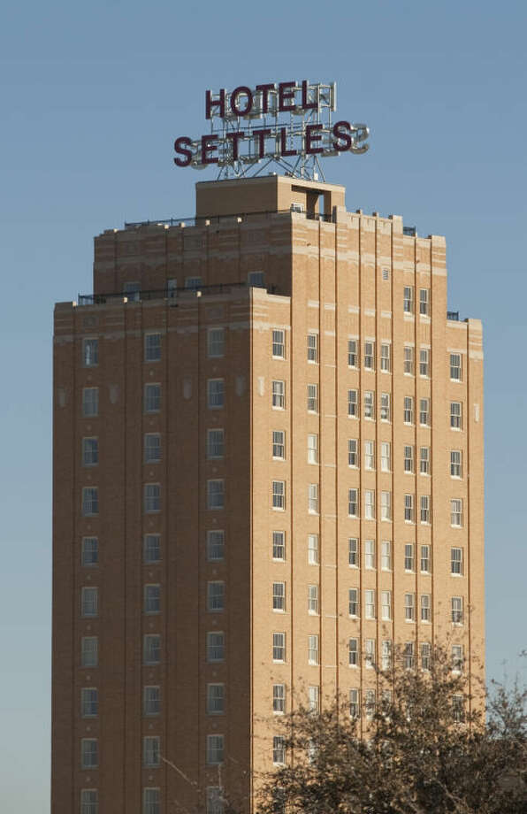 Hotel Settles in Big Spring. Tim Fischer\Reporter-Telegram Photo: Tim Fischer