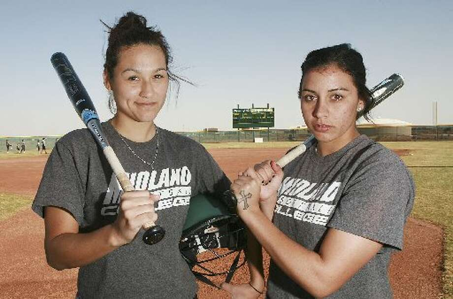 DianaDeLaPaz, left,and Debra Lovell are the leading hitters for the Midland Collegesoftball team. Cindeka Nealy/Reporter-Telegram