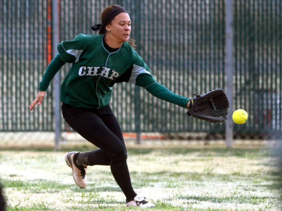 Midland College's Earnysha Scroggins catches a ball in the outfield during the game against Dodge City on Friday at the Freddie Ezell Softball Complex. James Durbin/Reporter-Telegram Photo: JAMES DURBIN