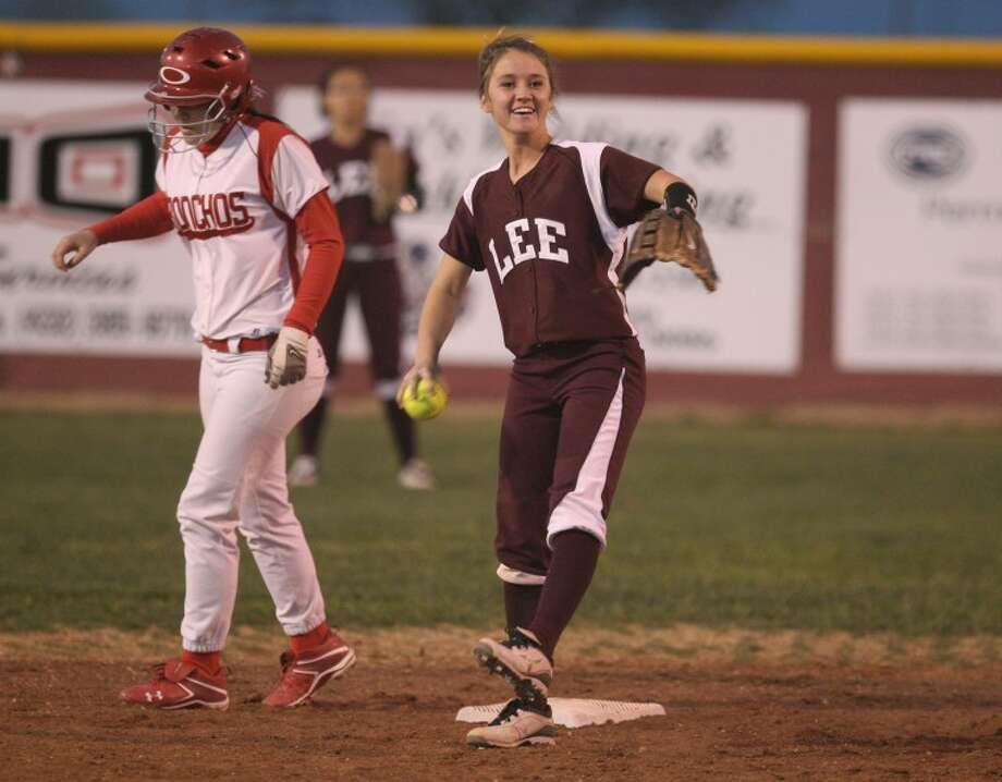 Jamey Lane forces out Odessa High's Izzy Martinez on second base on Tuesday at Ratliff Stadium in Odessa. Heather Leiphart Odessa American Photo: Midland