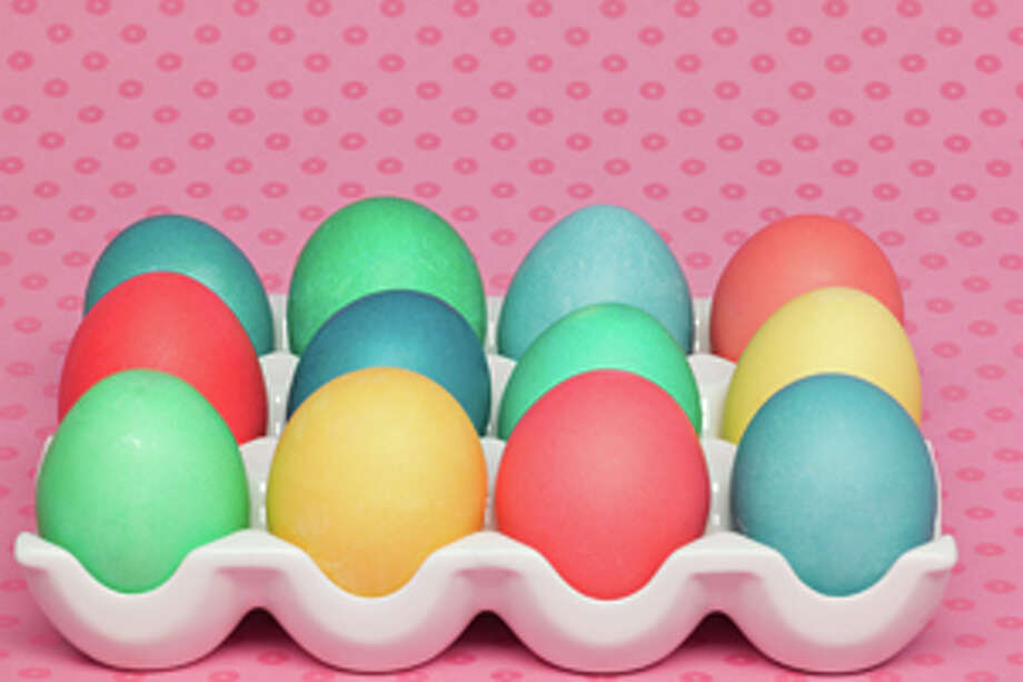 Organizers of an annual Easter egg hunt attended by hundreds of children have canceled this year's event, citing the behavior of aggressive parents who swarmed into the tiny park last year, determined that their kids get an egg. / (c) Image Source