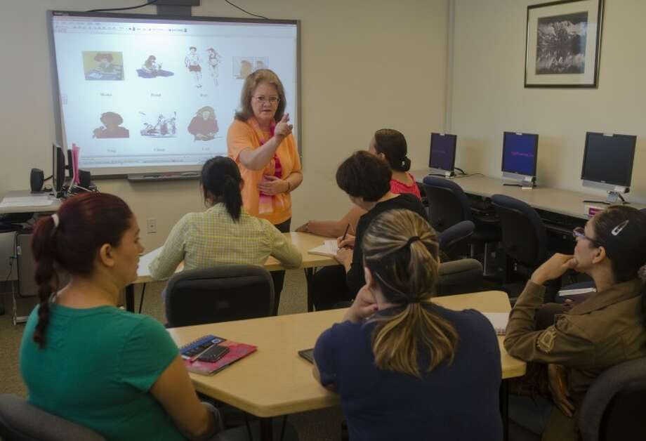 Peggy Wennerlind works with a class April 10 at Midland College Cogdell Learning Center on phonetics. Photo by Tim Fischer/Midland Reporter-Telegram Photo: Tim Fischer