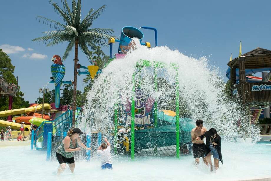 Residents enjoy the Wet 'n' Wild SplashTown in Spring. The park is open Friday-Sunday through May 22, 2016, and will be open daily for the season starting May 26, 2016. Photo: Wet 'n' Wild SplashTown
