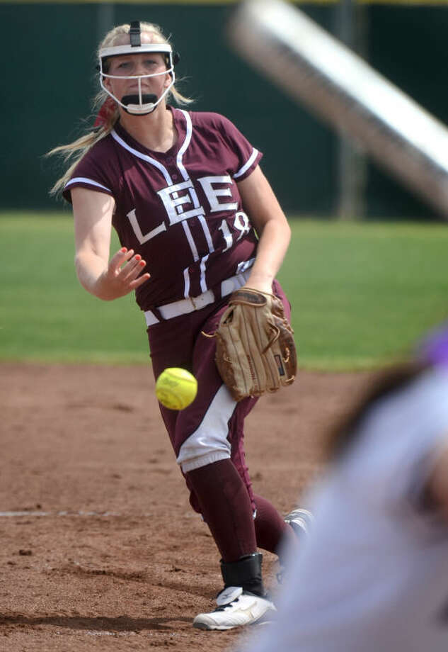 Lee High's Emily Hardaway pitches against Midland High Saturday at Audrey Gill Sports Complex. James Durbin/Reporter-Telegram Photo: JAMES DURBIN