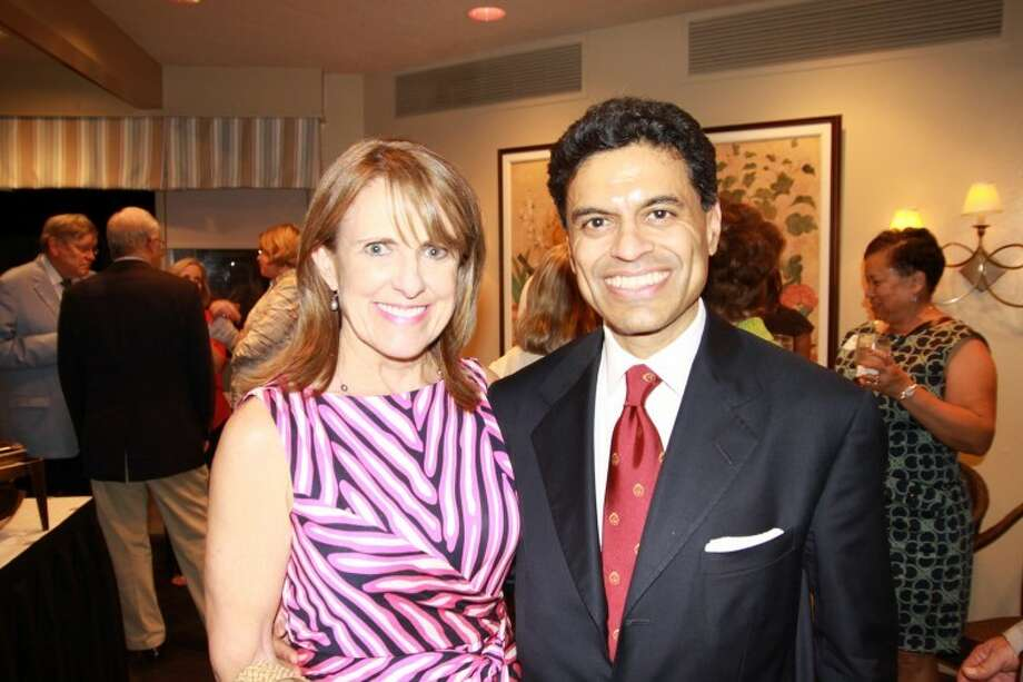 Davidson Distinguished Lecture Series: Becky Ferguson, committee chair, and Fareed Zakaria