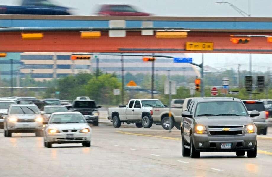 (File Photo) Traffic on Big Spring/Highway 349 heading north at the Loop 250 away from Midland Thursday. James Durbin/Reporter-Telegram Photo: JAMES DURBIN