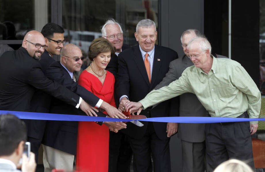 Midland County Public Library Centennial branch ribbon cutting ceremony Saturday. James Durbin/Reporter-Telegram Photo: JAMES DURBIN
