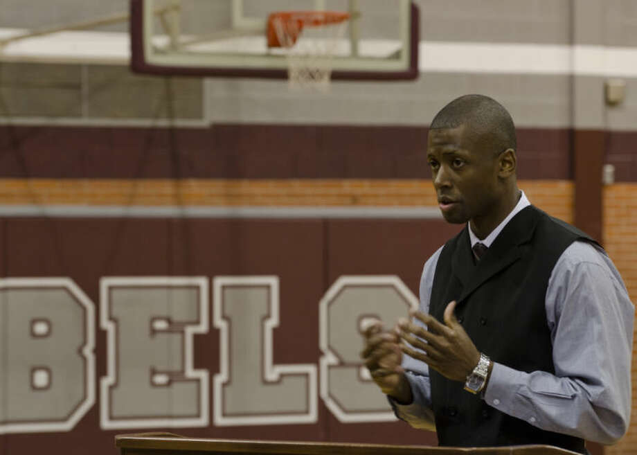 Lee High new head basketball coach Chris Packer talks to students and supporters Thursday morning at LHS. Tim Fischer\Reporter-Telegram Photo: Tim Fischer