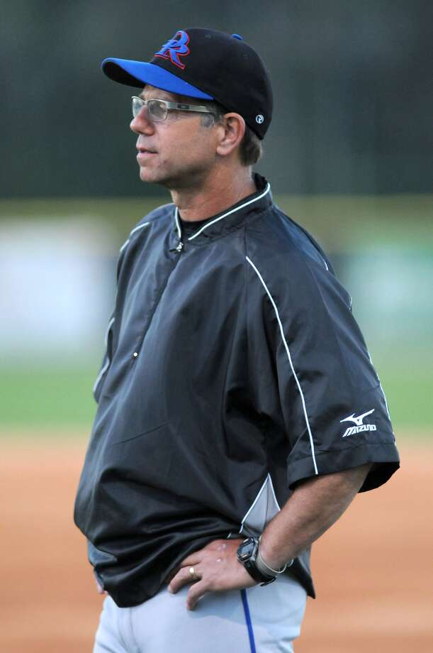 Oak Ridge baseball coach Mike Pirtle has a solid set of returnees as well as players from a district-winning junior varsity squad set to compete for the league title again in 2017. Photo: Jerry Baker, Freelance