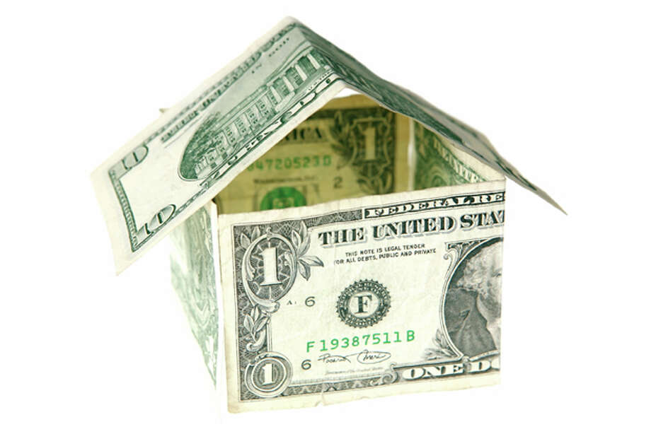 dollar house series / iStockphoto