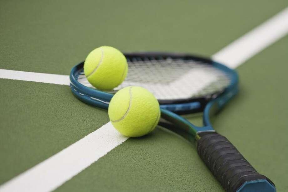 Tennis balls and racket Photo: Thinkstock