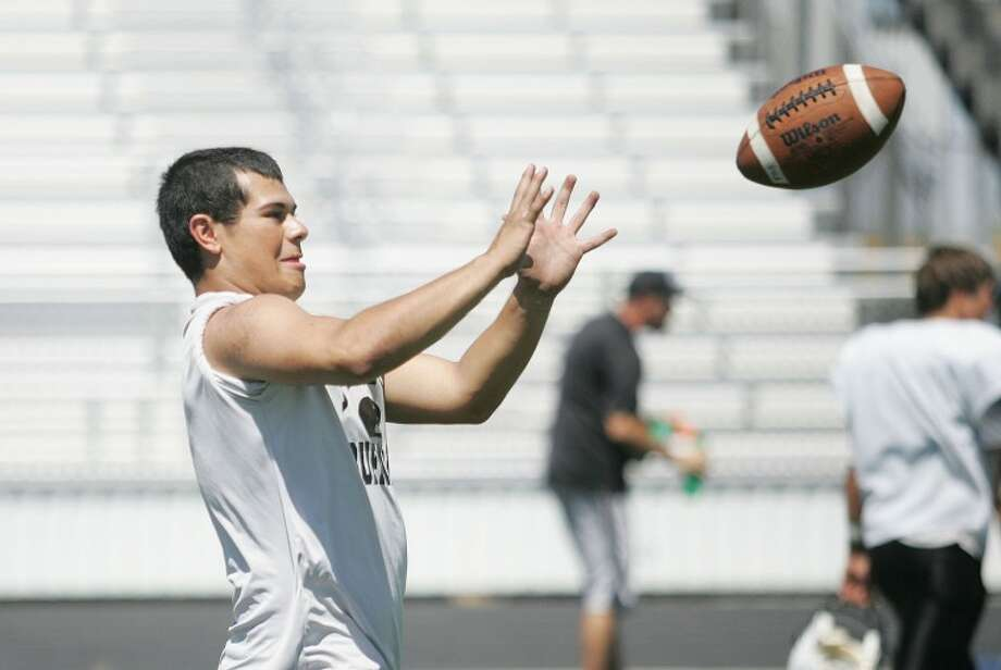 Patrick Robles catches a pass during practice Friday at Forsan High School. Cindeka Nealy/Reporter-Telegram Photo: Cindeka Nealy
