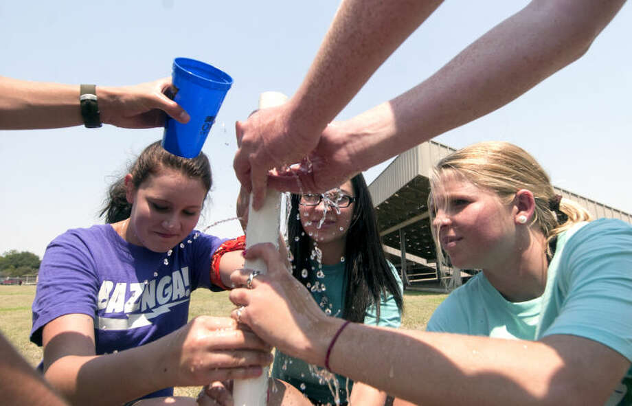 "Students compete in team activities during the ""Advisory Cup Challenge"" on the first day of school Monday at Trinity. James Durbin/Reporter-Telegram Photo: JAMES DURBIN"
