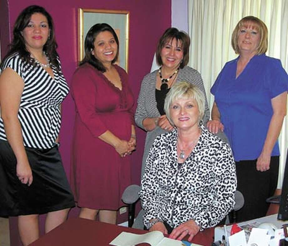 MOM POWER With a little help from Staffing Resources Mom can earn some money during school hours. Call Liz Velasco, Carmen Gonzales, owner Patricia Gomez, Debbie Court or (seated) Fran Hawke at 684-0527 to learn more.