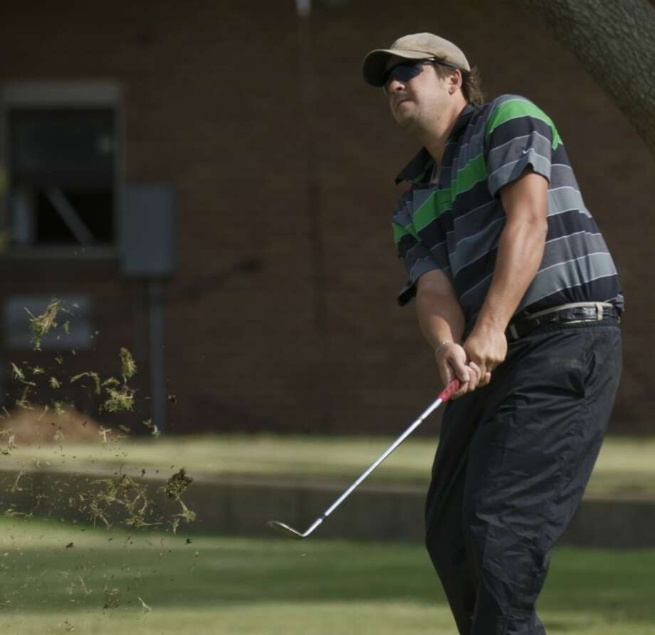 John Estes watches his chip shot Saturday at the Midland Invitational Tournament at Midland Country Club. Tim Fischer/Reporter-Telegram Photo: Tim Fischer