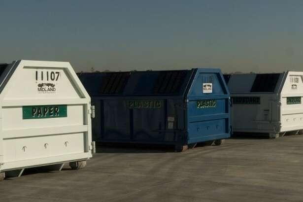 New drop-off site off Smith Road is for recyclables, yard waste, metal and other large objects.