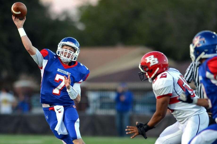 Borger Bulldogs vs Midland Christian Mustangs Friday at MCS. James Durbin/Reporter-Telegram Photo: JAMES DURBIN