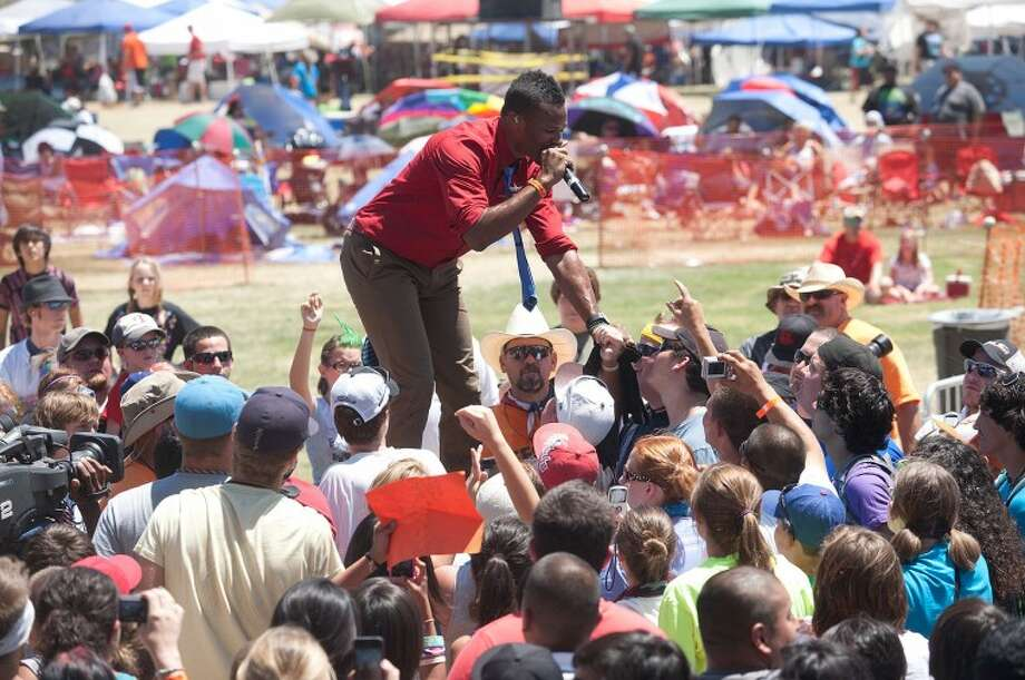 Shonlock joins the crowd during his performance Saturday at the Spirit in the Sky, Rock the Desert 2011. Photo: Cindeka Nealy/Reporter-Telegram