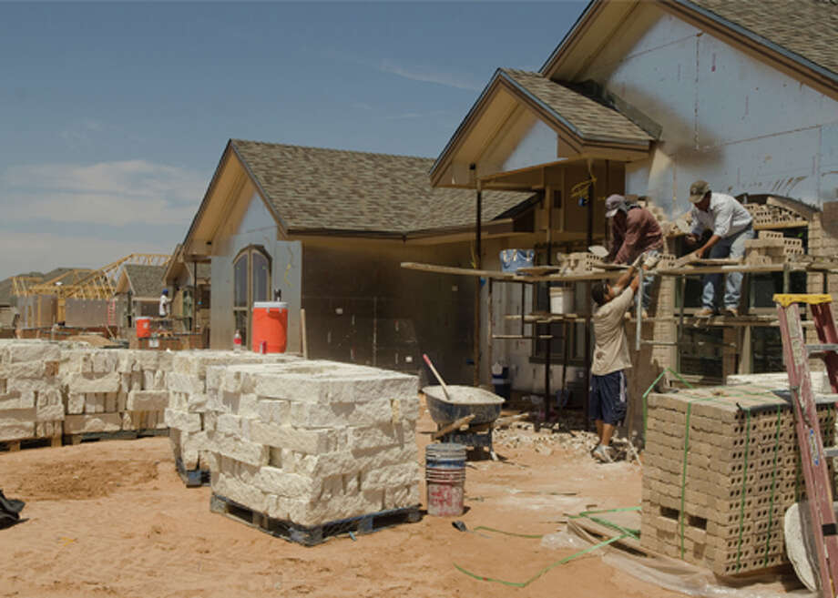 New homes being built in the Mockingbird Oaks development off N. Garfield. Tim Fischer/Reporter-Telegram