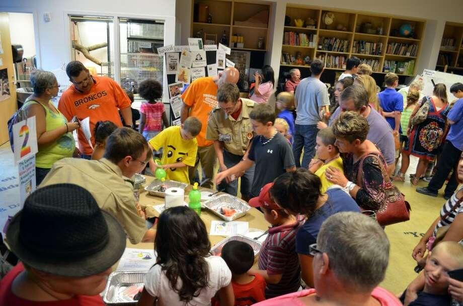 Making a lemon volcano at Kitchen Science Thursday. Photo: James Cannon/MRT