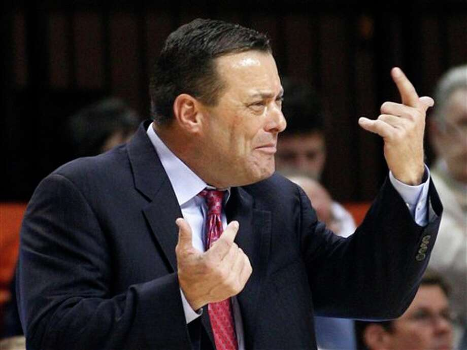 FILE - In this Jan. 4, 2012, file photo, Texas Tech coach Billy Gillispie gestures during the second an NCAA college basketball game against Oklahoma State in Stillwater, Okla. Gillispie has resigned, due to health reasons. The school announced the move on Thursday, Sept. 20, 2012. Gillispie's departure comes less than a month after Texas Tech said it was looking into allegations of player mistreatment by the veteran coach and that it had reported practice-time violations to the NCAA. (AP Photo/Sue Ogrocki, File) Photo: Sue Ogrocki / AP