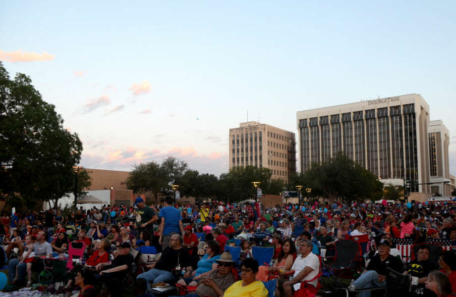 General view of the Star-spangled Salute festival Thursday in downtown Midland. James Durbin/Reporter-Telegram Photo: JAMES DURBIN